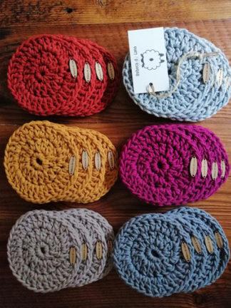 Podkładki wykonane ręcznie na szydełku ze sznurka bawełnianego 3 mm, w kompletacie 4 szt.