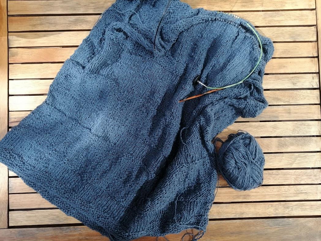 sweter z bawełnianej włóczki Flambe