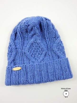 czapka na drutach