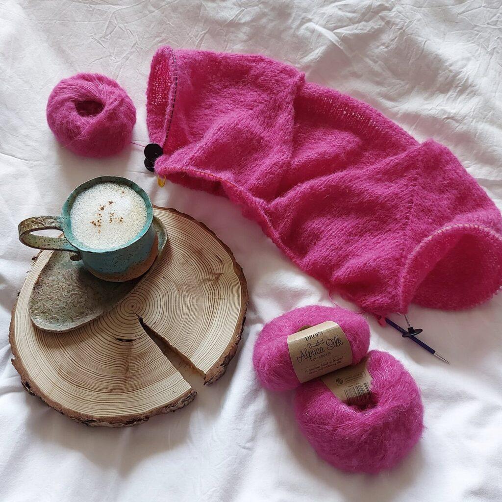 Sweter na drutach z włóczki DROPS Brushed Alpaca Silk