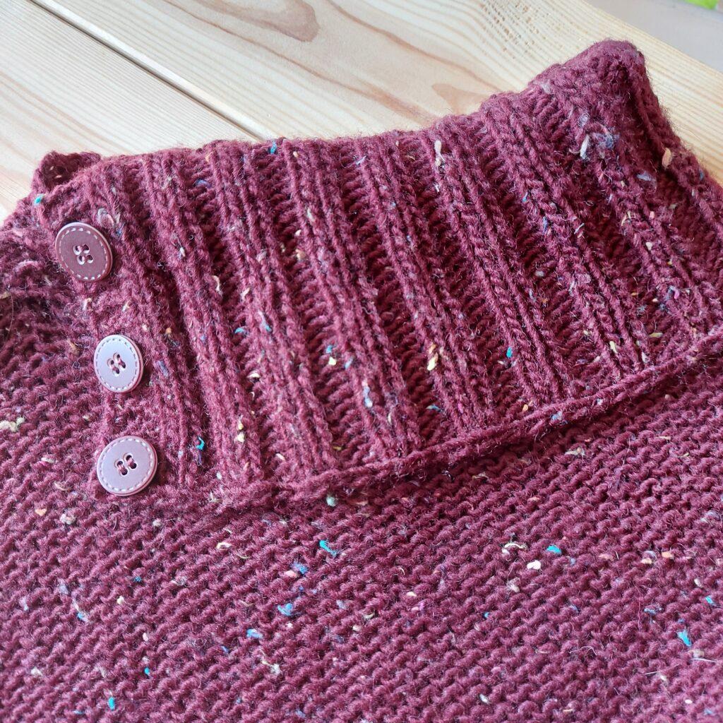 Sweter wykonany z włóczki DROPS Soft Tweed